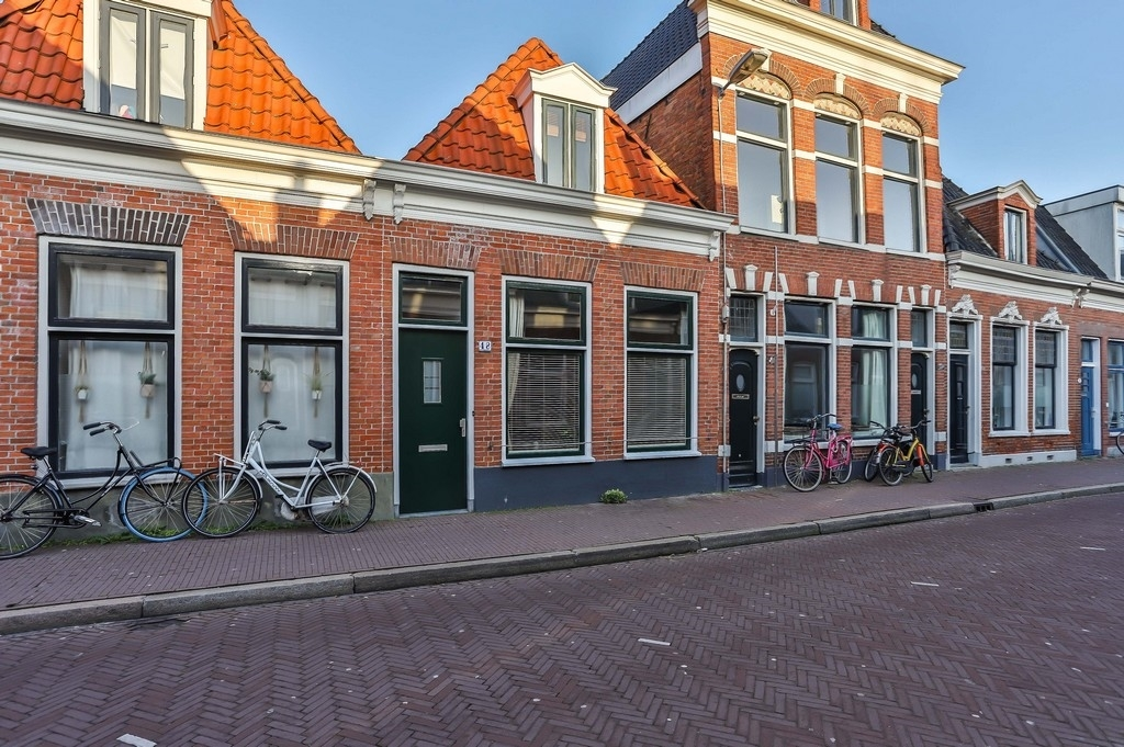 Nieuwe Sint Jansstraat 48 Groningen - schipperswoning in de binnenstad